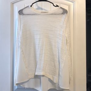 Long sleeve light sweater from
